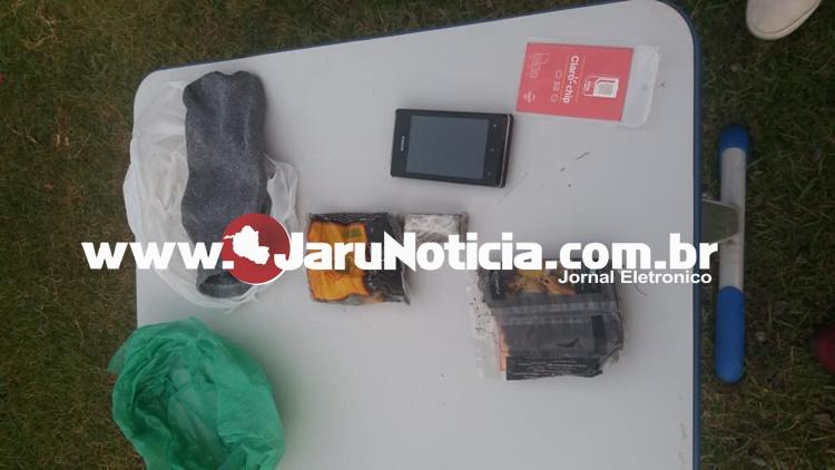 Em Jaru, droga e celular é arremessada e interceptada por agentes de plantão na casa de prisão semi aberto