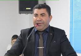 Vereador Badú se posiciona contrário a criação de mais uma secretaria para o município de Jaru
