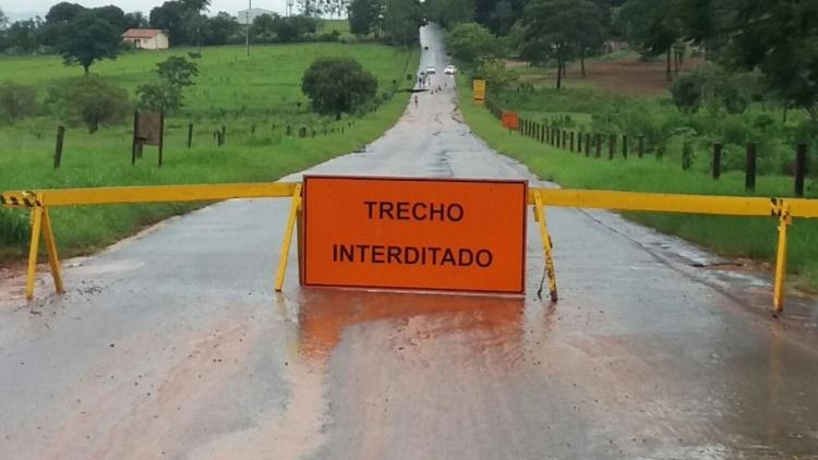 Theobroma: Trecho da RO-464 será interditado entre 08:00 da manhã até 12:00 horas da tarde desta segunda-feira