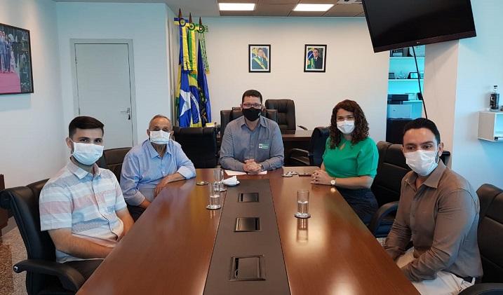 Prefeito João Gonçalves Júnior se reúne com o governador Marcos Rocha e reafirma parceria para a realização de novas obras em Jaru