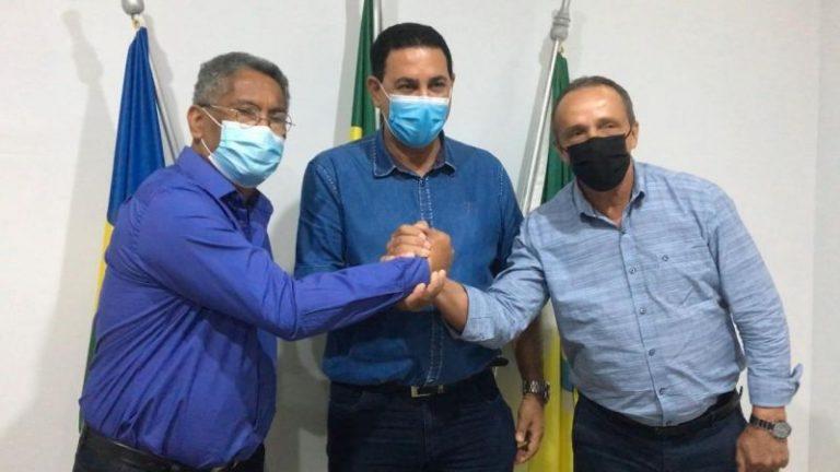 Prefeito de Rolim de Moura agradece ao deputado Lazinho da Fetagro e ao Governo do Estado por apoio na educação