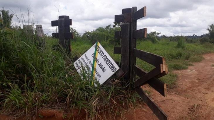 Machadinho: Mulher é presa e dois invasores fogem da PM durante operação na Fazenda Jatobá
